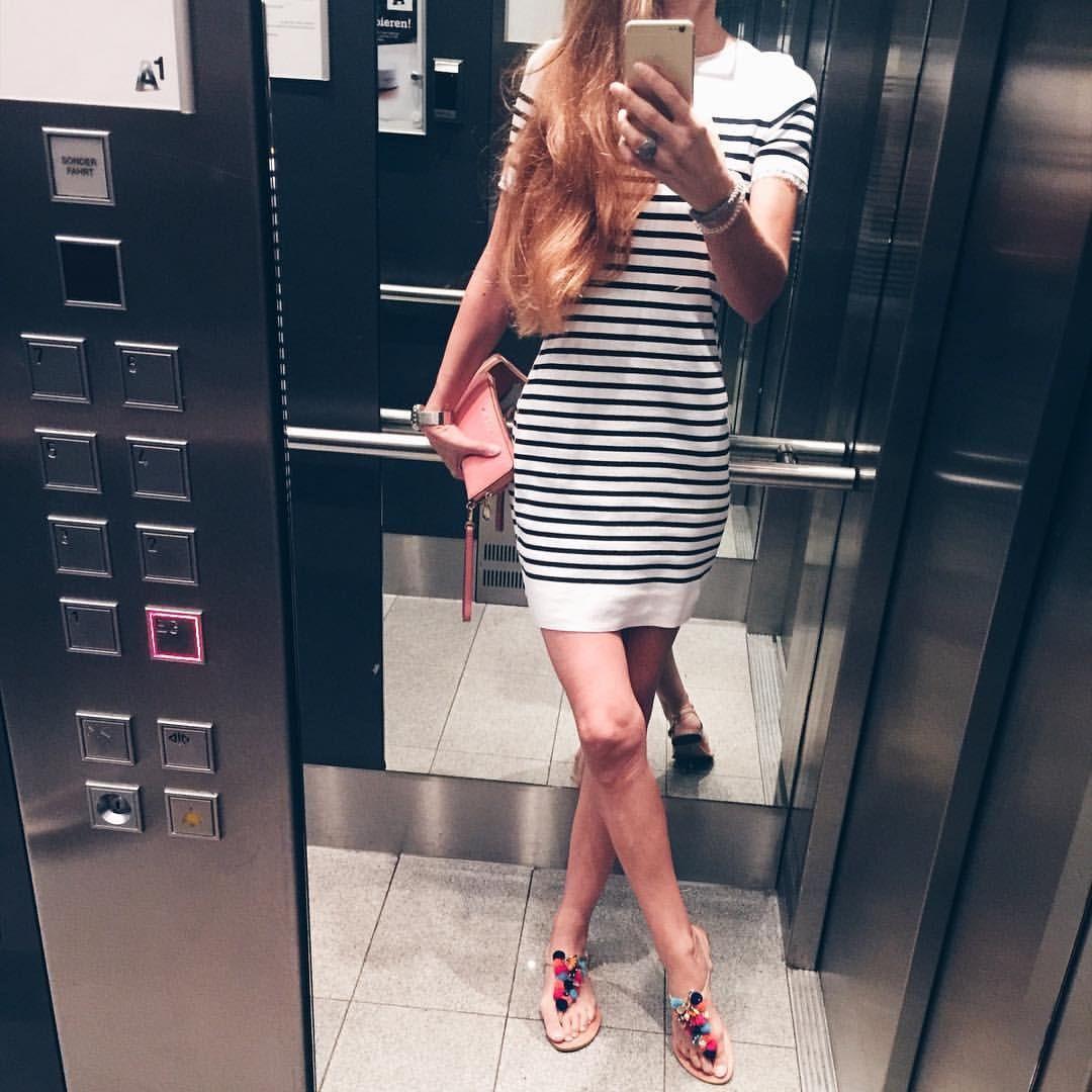 "Gefällt 60 Mal, 4 Kommentare - Bine kocht! (@bine_kocht) auf Instagram: ""#ootd #outfitodtheday #fashion #fashionpic #fashionblogger #instagood #marccain #stripes #blue…"""