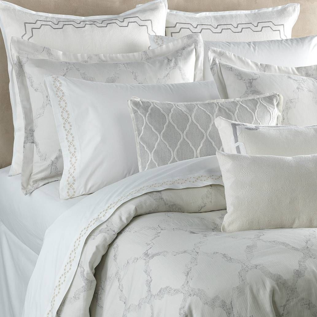 Product Image for Vera Wang™ Fretwork Duvet Cover in Light