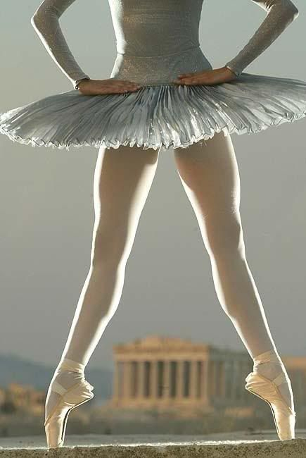 silhouette backlit http://s162.photobucket.com/albums/t256/GoldDstWmn/Ballet/?action=view=Ballerina_06.jpg#!oZZ46QQcurrentZZhttp%3A%2F%2Fs162.photobucket.com%2Falbums%2Ft256%2FGoldDstWmn%2FBallet%2F%3Faction%3Dview%26current%3Dballet-10.jpg