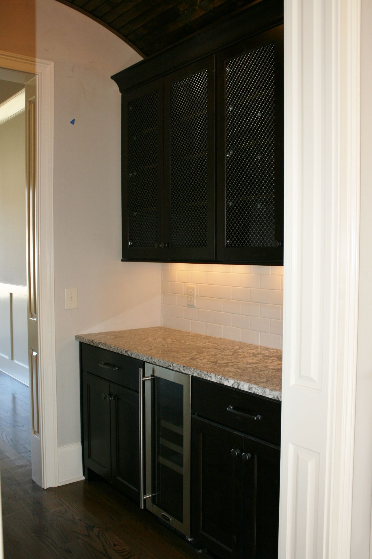 Wire Mesh For Cabinets From Our Koch Classic Cabinet Collection Vicksburg Prairie Door