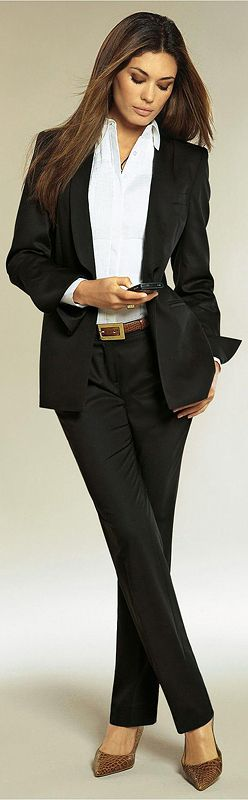 Black suit & white shirt for modern business woman's ...
