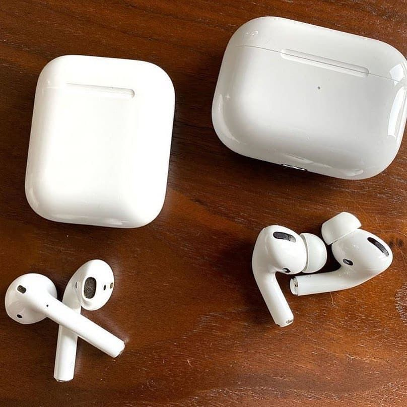 Pin By ايلاف On Desayunos Apple Headphone Apple Accessories Apple Products