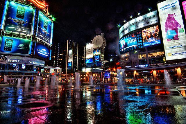 20111211ledbillboards1 Jpg 640 427 City View Apartment Downtown Toronto City