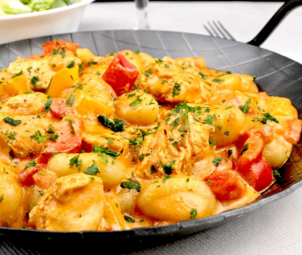 Paprika Hähnchen Gnocchi Pfanne - Zu Faul Zum Kochen ? #onepanchicken