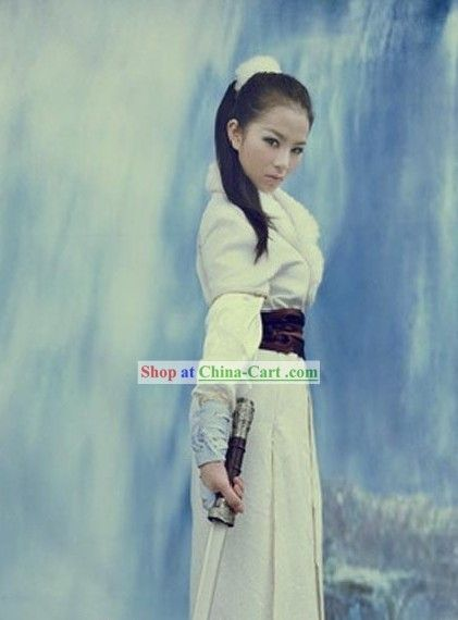 Traditional Chinese Swordswoman Clothing Complete Set