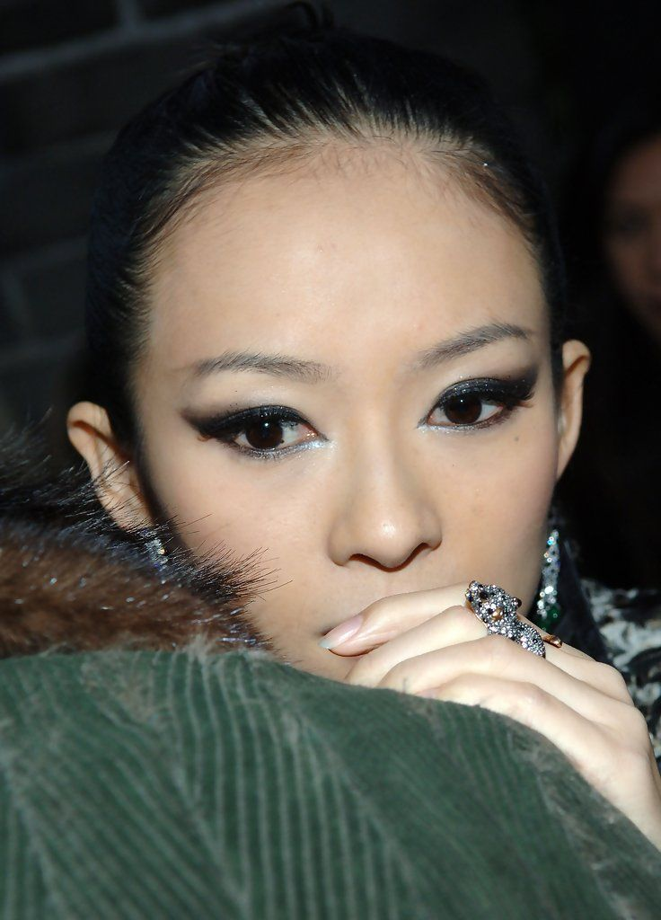 Zhang Ziyi -  Fendi Great Wall Of China Fashion Show