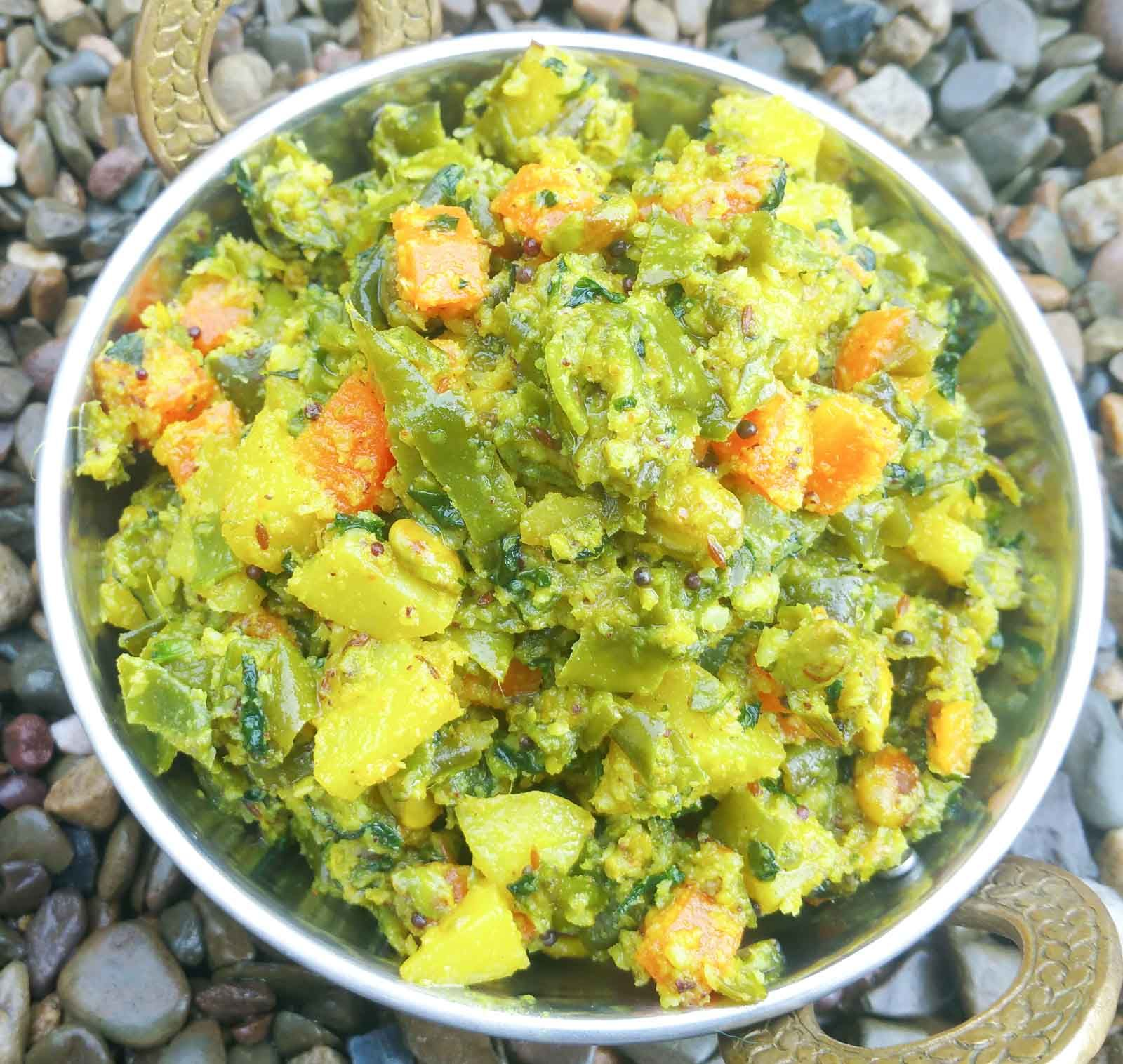 Mixed Vegetable Poriyal Recipe In 2020 Andhra Recipes Dried