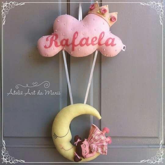 Enfeite De Lua ~ menina e lua BONECAS EM FELTRO COM MOLDE Pinterest Lua, Feltro e Porta de maternidade