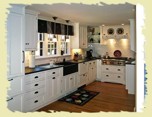 Love the black farmhouse apron sink! Would look awesome with our ...