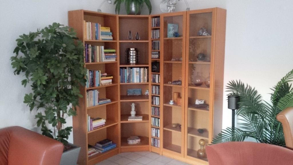 Te Koop Hoek Tv Kast.Ikea Billy Kast Wandmeubel Met Vitrine Hoek En Boekenkast Hoek