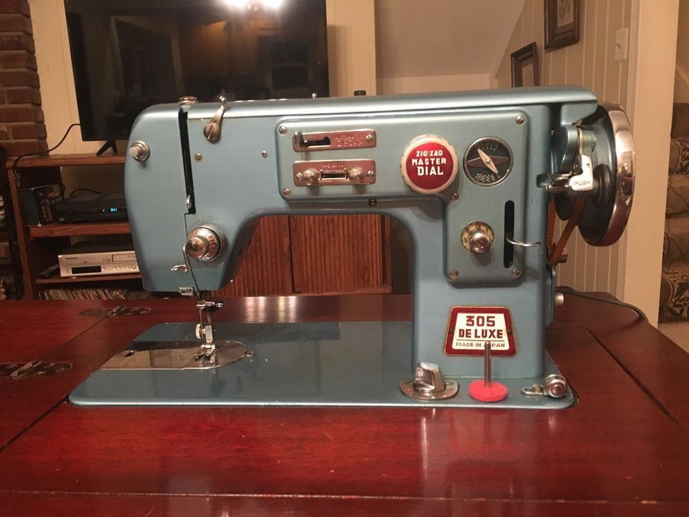 Vintage White 305 De Luxe Sewing Machine Made In Japan By ...