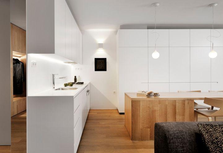 L\'angolo cucina total white sparisce alla vista nella zona giorno ...