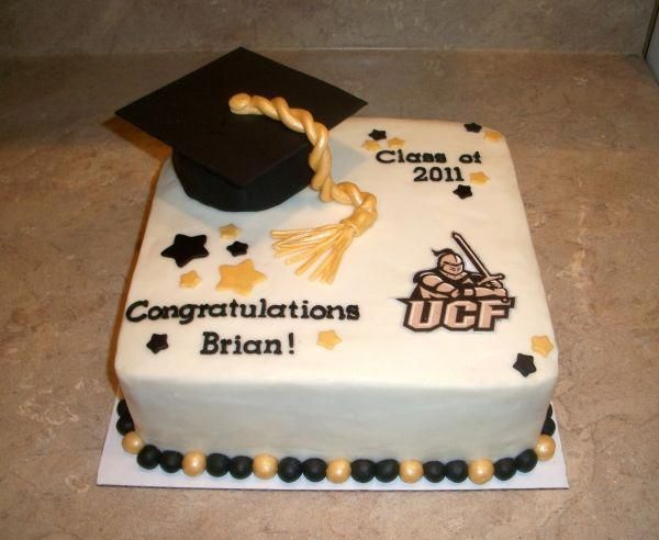 Photo of Grad Cake….put a badge in the bottom corner rather then ucf emblem #graduation…