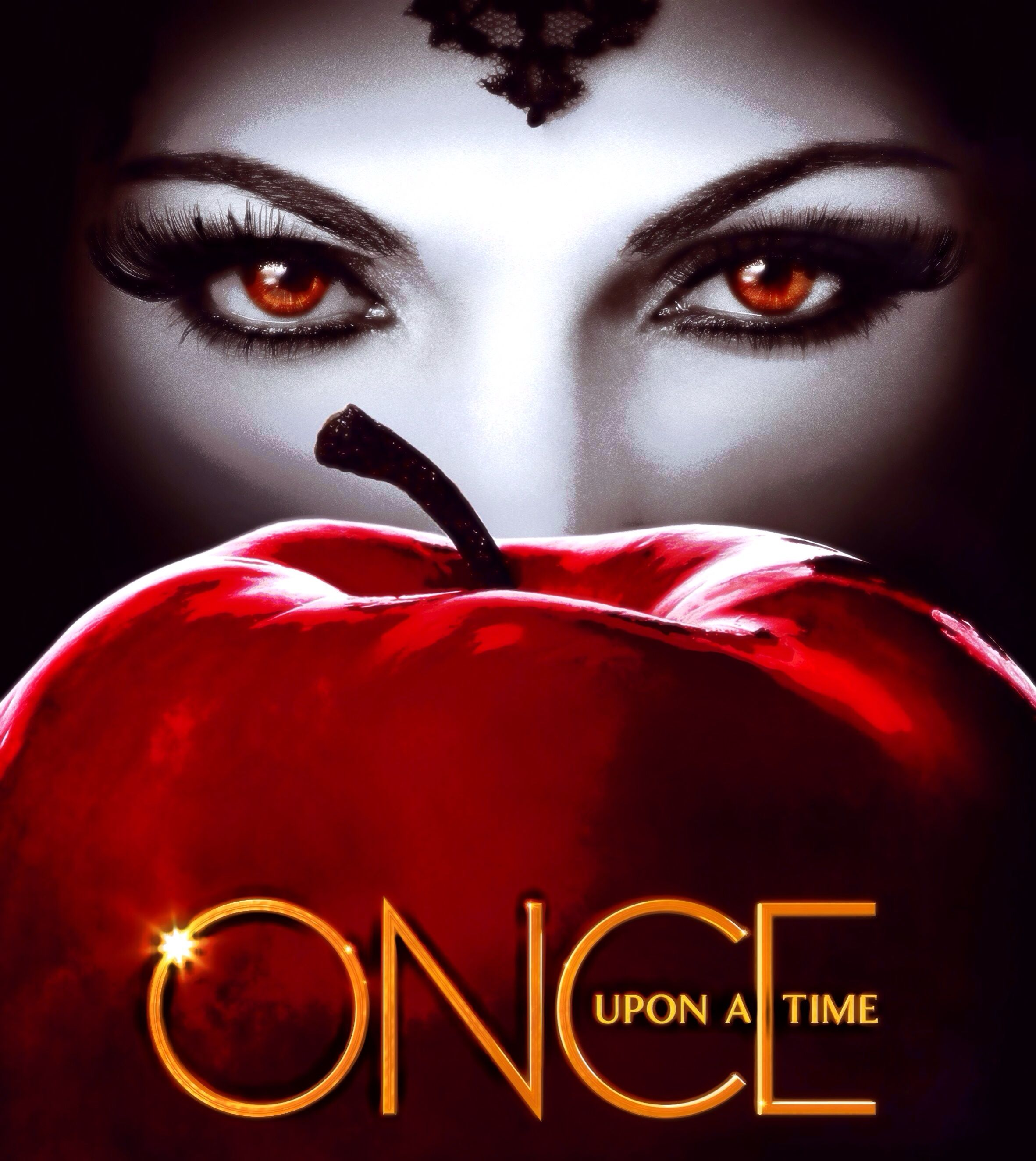 The evil queen and her poison apple Once upon a time