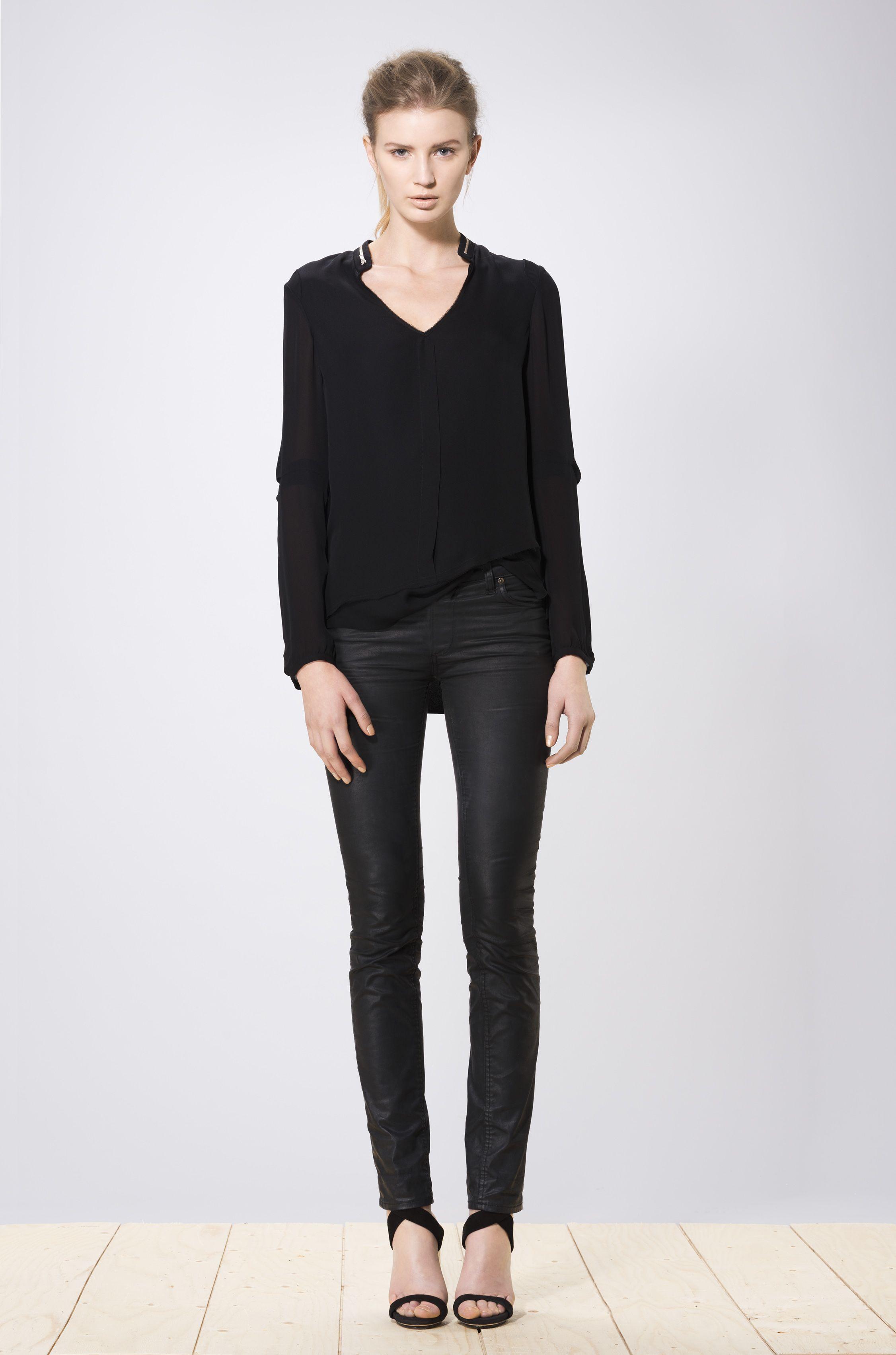 Miwa blouse black