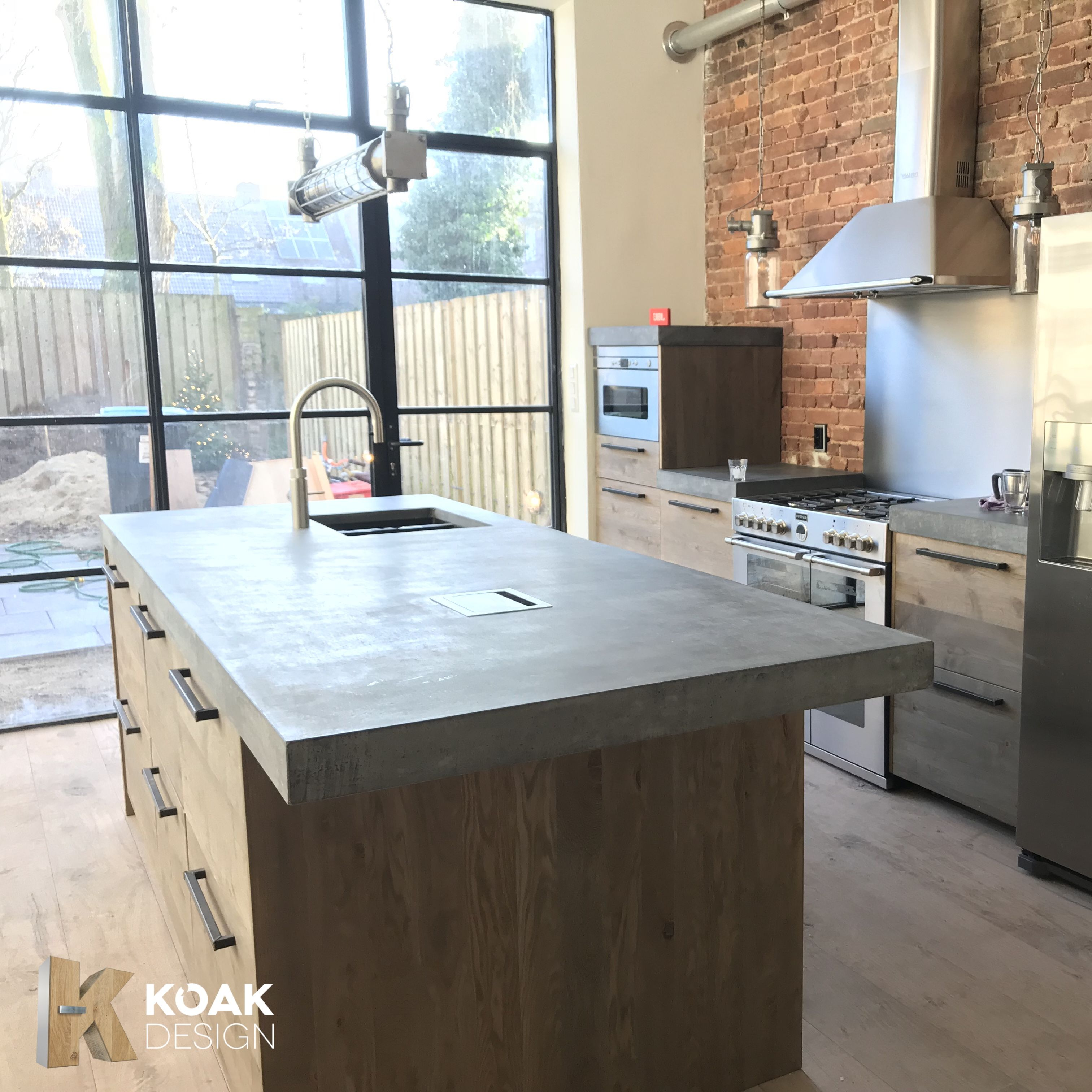 Charmant Ikea Kitchen With Oak Fronts Of Koak Design And A Concrete Countertop.  Color Old 423