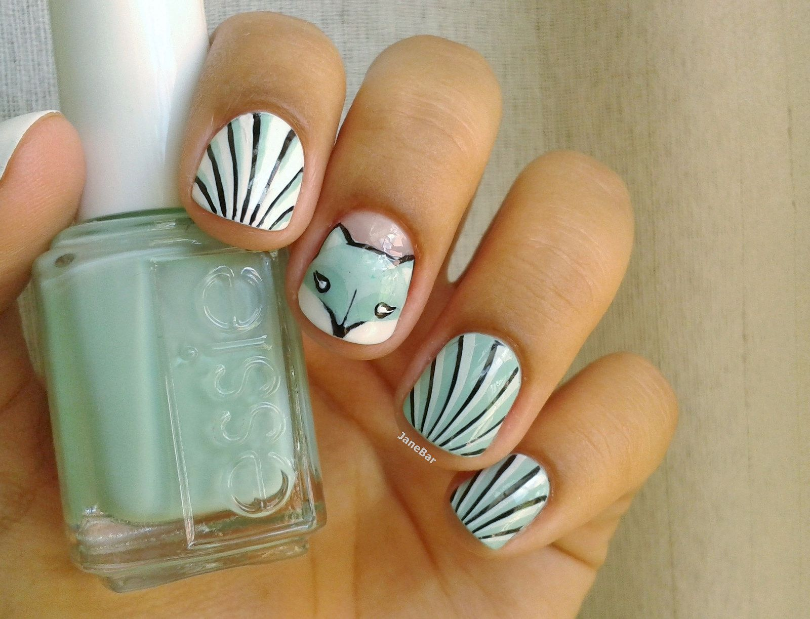 Fox Nail Art: Essie Mint Candy Apple | Nail Art - Animals ...