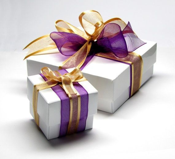 beautiful wrapped package to pin on pinterest | Found on pinterest.com | Gifts, Beautiful gift wrapping, Gift  wraping