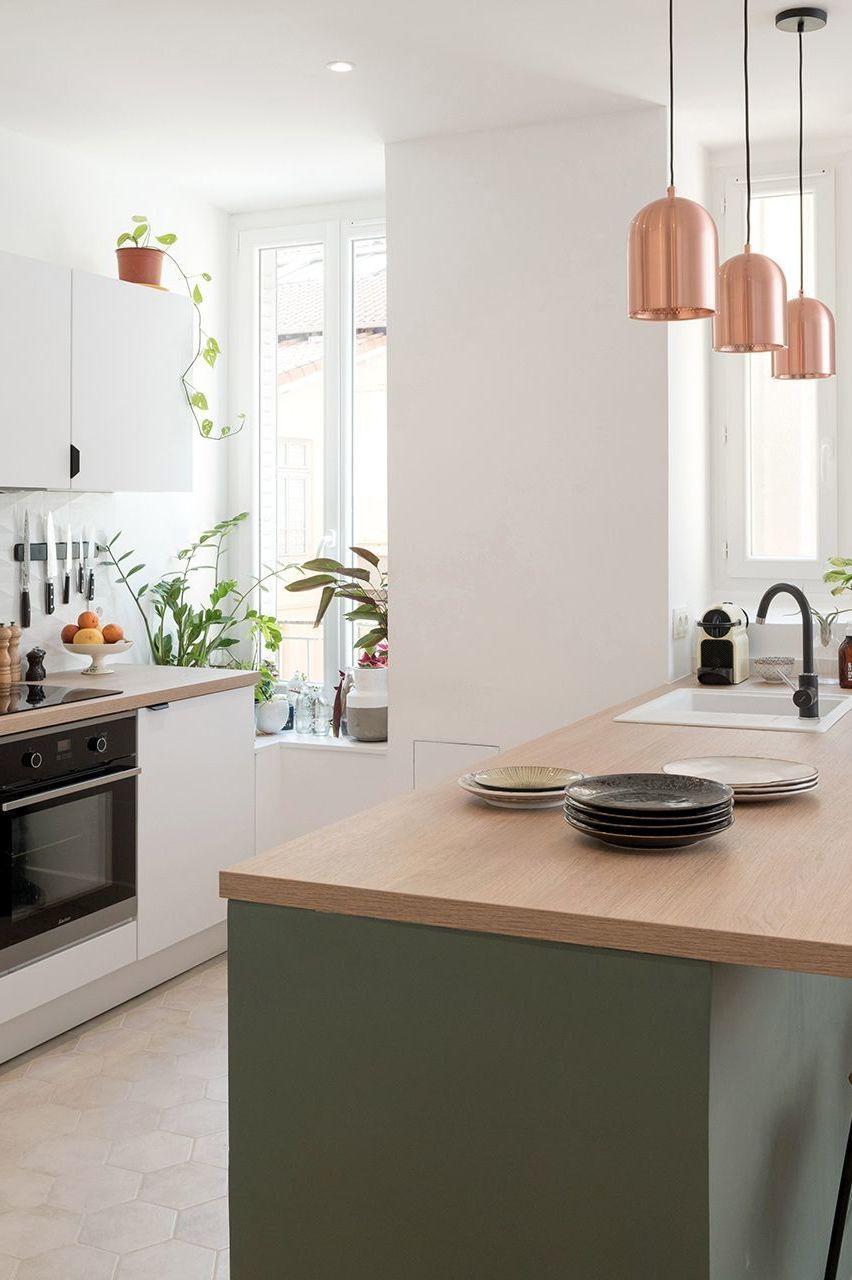 Appartement Lyon 5 Un Deux Pieces Repense Avec Cuisine Ouverte En 2020 Cuisine Ouverte Deco Appartement Cuisine Appartement