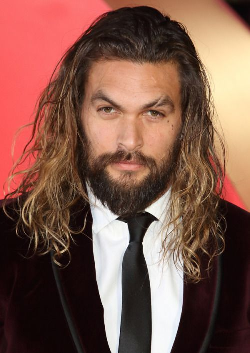 Jason Momoa Batman V Superman European Premiere Thirat