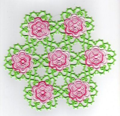 Tat-a-Renda Patterns: Rosette Motif and Doily - my all time favorite floral tatted doily!!!