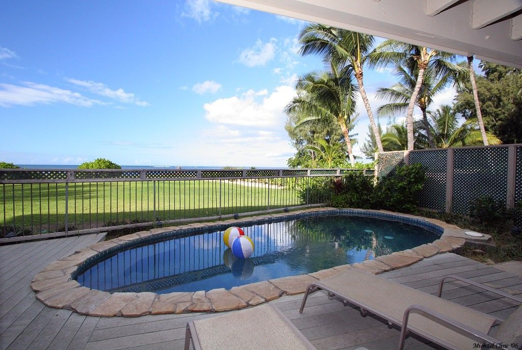 Cottage vacation rental in Waialua from