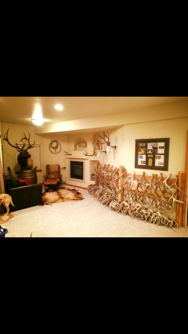 Pin By Stephanie Diehl Retherford On Mikes Hunting Room Hunting Man Cave Man Cave Home Bar Man Cave