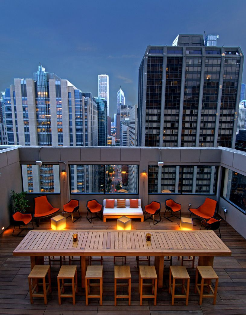 The 52eighty rooftop lounge at milenorth hotel is 563 feet for The hotel chicago downtown