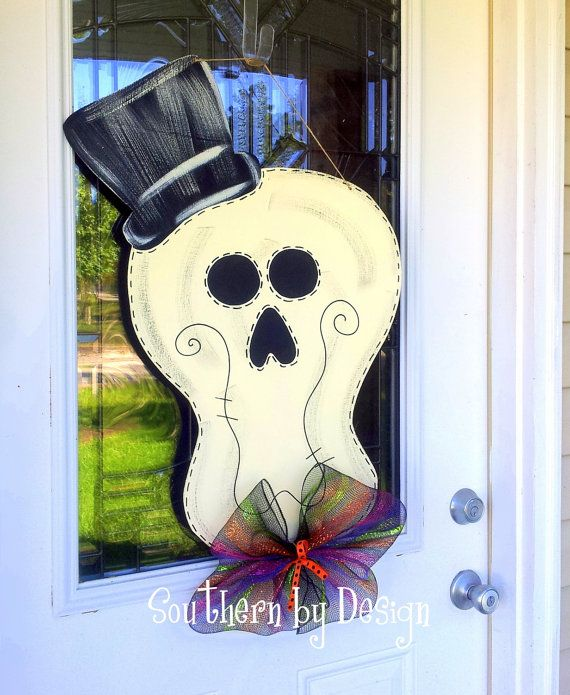 Mr. & Mrs. SKELLY New for HALLOWEEN - Wooden Door Hanger - Holiday Decor, Spooky, Skeleton, Halloween Decor