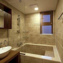 Salle de bain moderne par homify moderne | homify #cornerbathtub