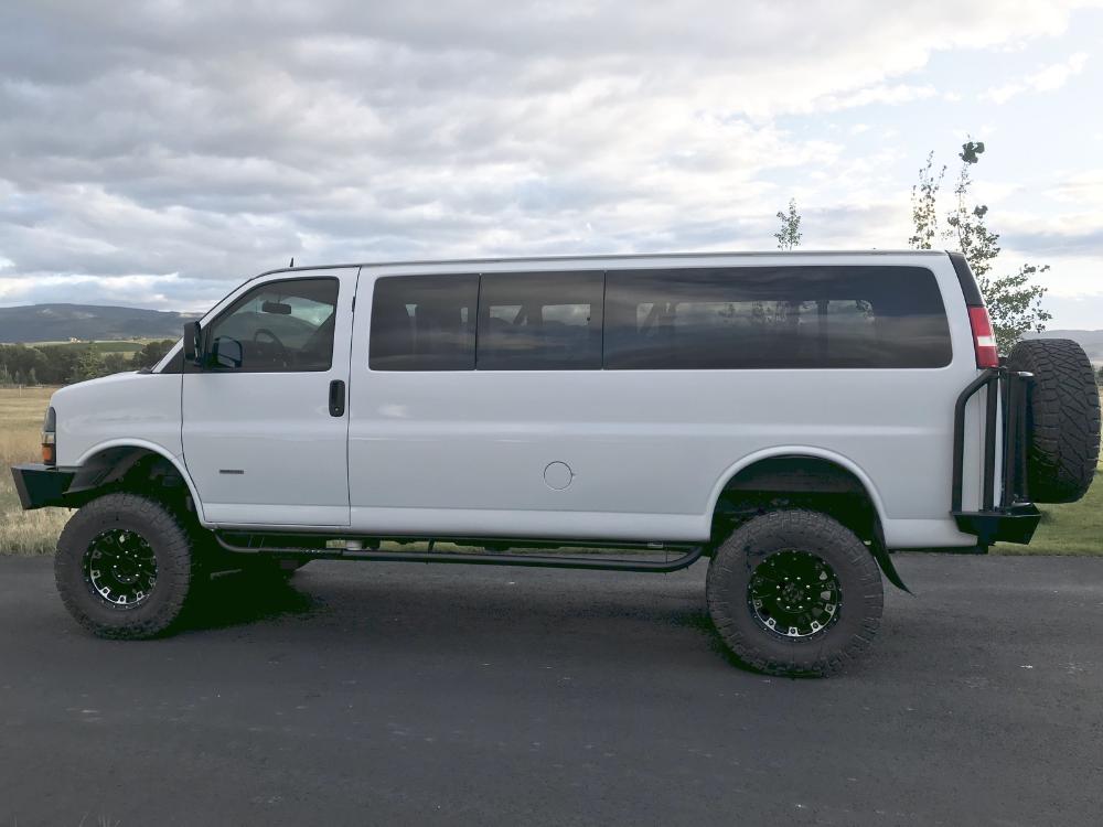 2015 Express Lt 3500 Extended 15 Passenger Van Converted Solid