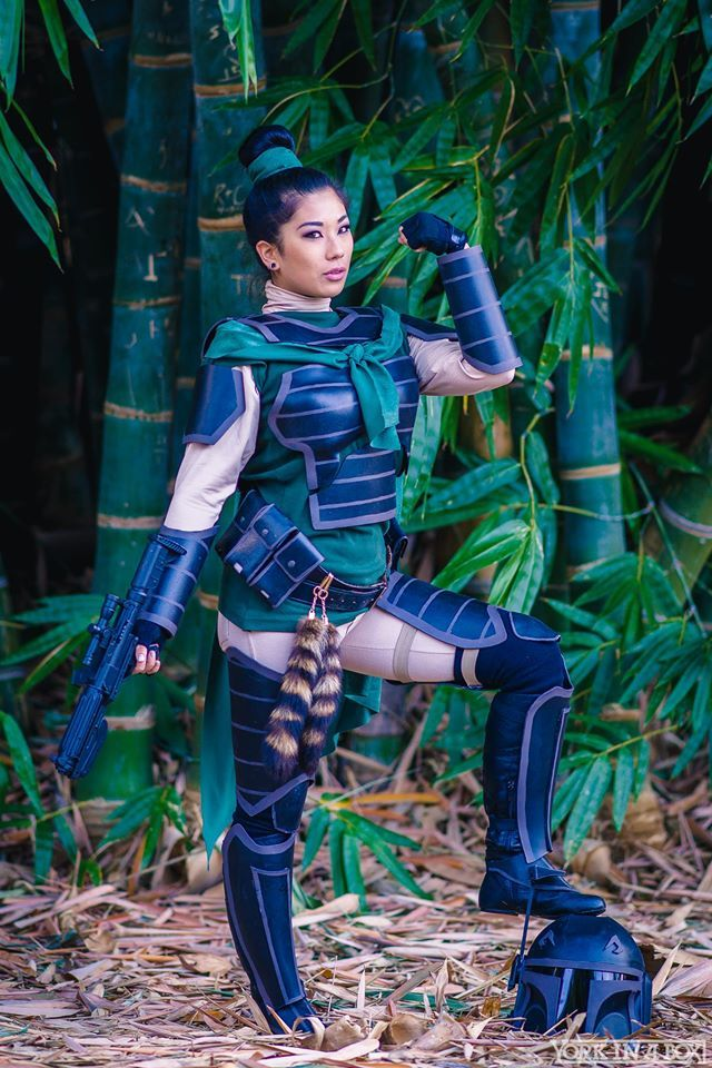 Disney characters meet Star Wars in this cosplay photoset by York in a Box, starring some of your favourite Disney characters in Mandalorian armour.