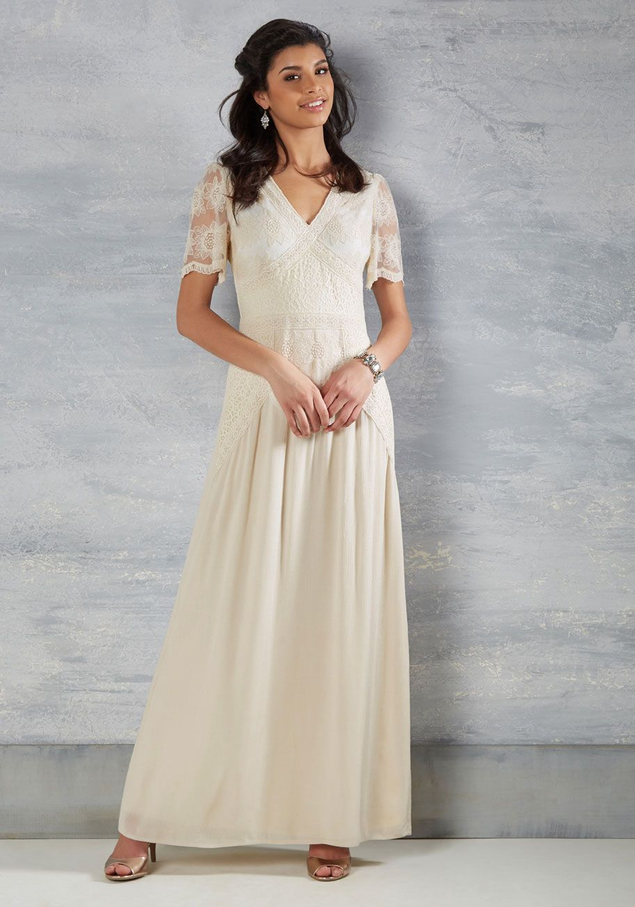 Right here and vow maxi dress in ivory modcloth ivory and gowns