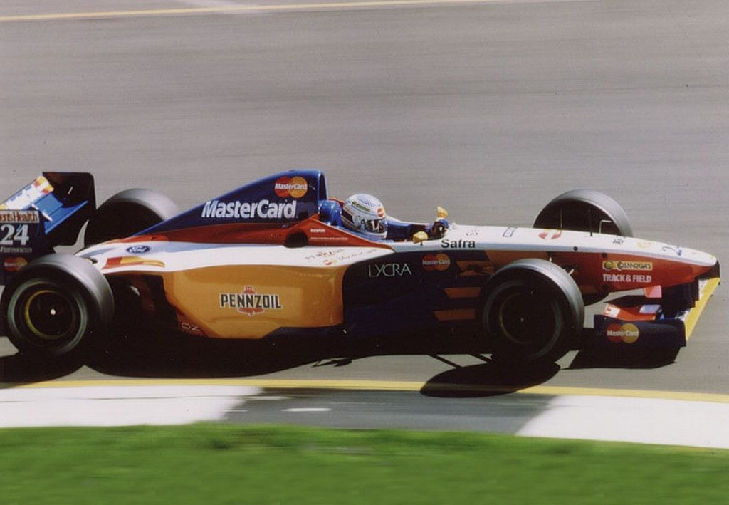 Vincenzo Sospiri (ITA) (Mastercard Lola F1 Team), Lola T97/30 ...