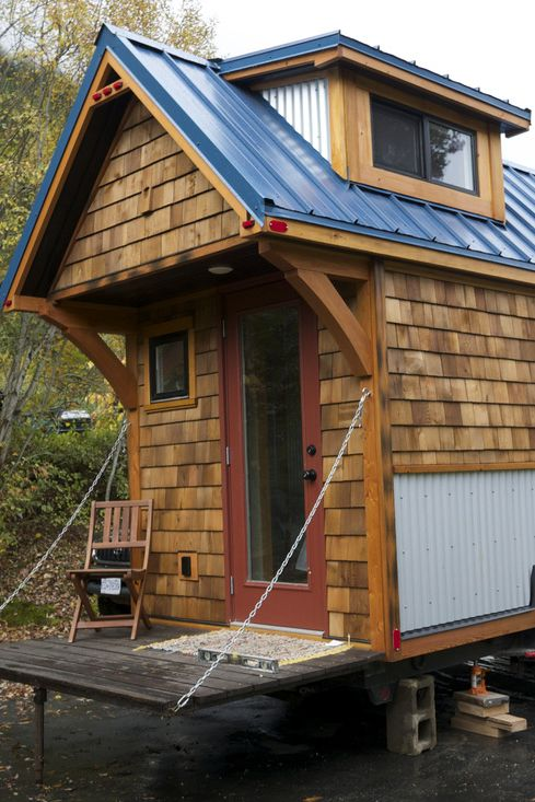 The Acorn House Is A Traditional Style Tiny House With A Gable Roof And Double Dormers Nelson Tiny Tiny Houses Canada Tiny House On Wheels Tiny House Exterior