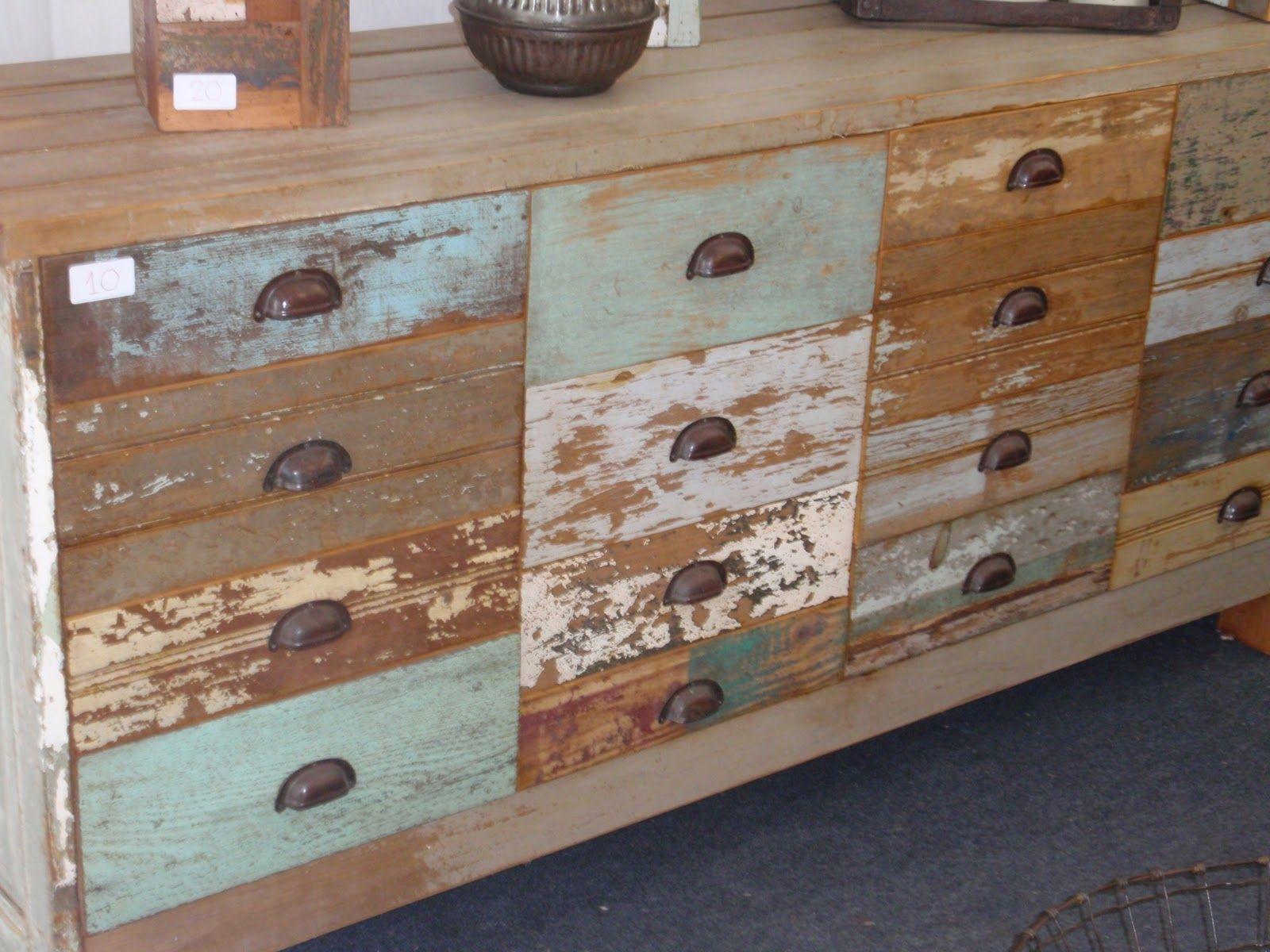 Pin de taller calma joaquin en cajoneras grandes y petites for Reciclaje de muebles antiguos
