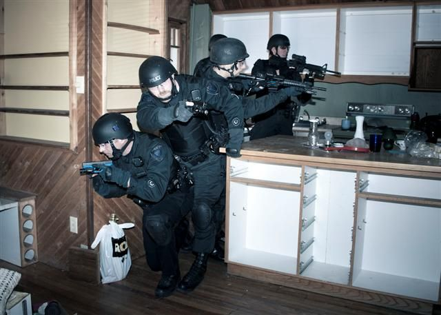 Ottawa Police Tactical Team In Training Tactical Brothers In Arms Team Training