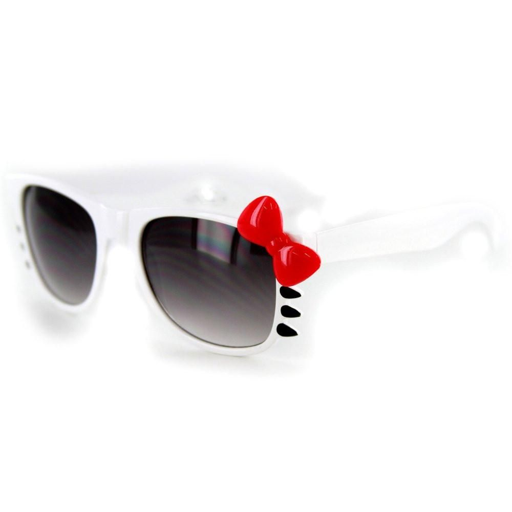 ed0c207a3a Have a fun night out and let the cat out of the bag with these Pretty Kitty  sunglasses from Aloha Eyes. These shades are designed for girls who can  pull off ...
