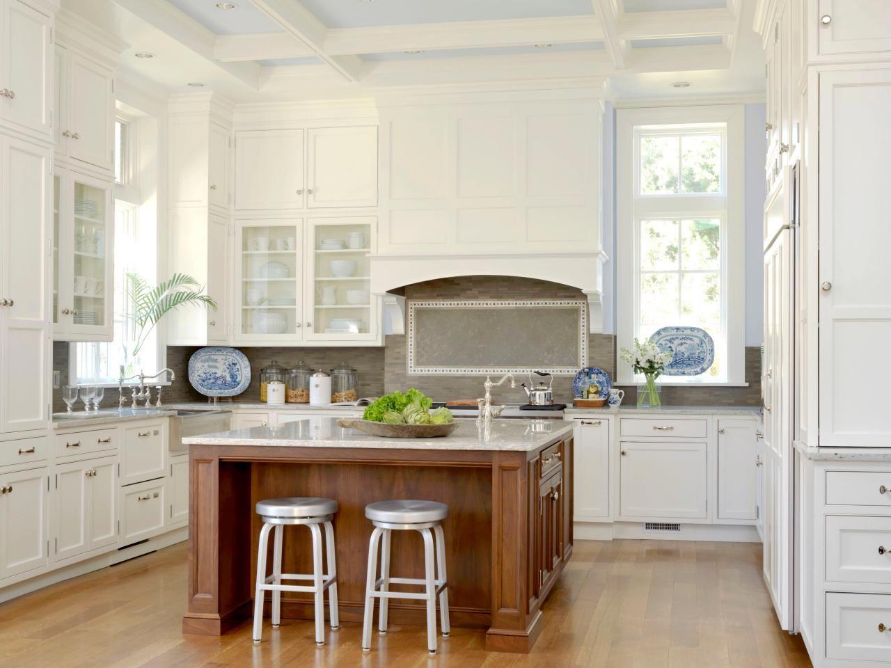 Best White Kitchen Ideas For A Clean Design Kitchen Remodel 400 x 300