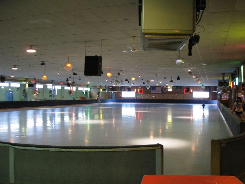 Gibsons roller rink floor 52809 roller rink roller