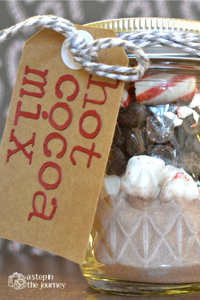 Hot cocoa mix in a jar - a really clever and lovely gift!