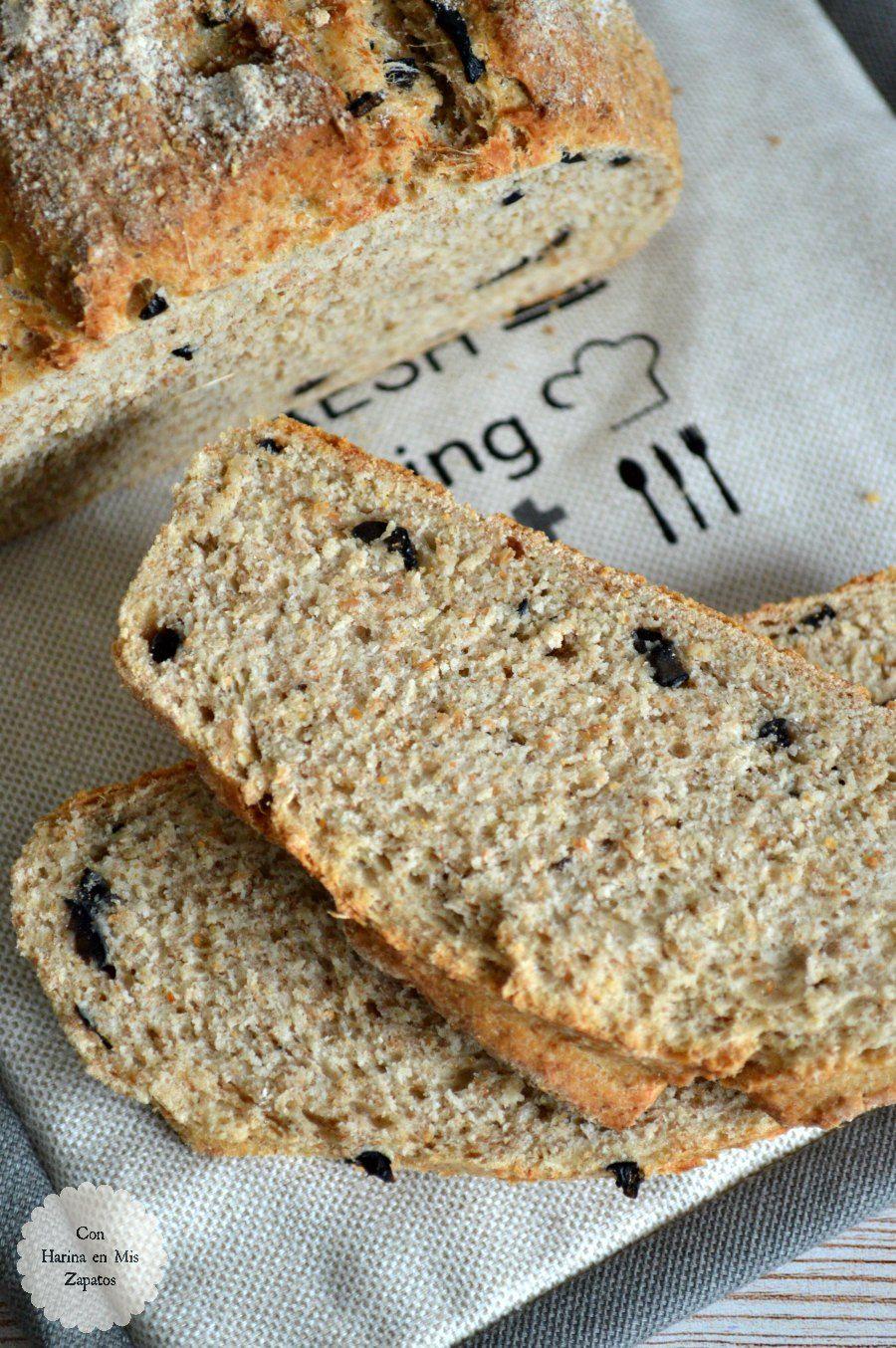 ¡Buenos días! ¿Os apetece una tostada de pan recién hecho? Sí habéis dicho que sí, venga, a pesar harina, porque en menos de 1 hora, lo podéis tener listo. Aún os da tiempo a prepararlo para la comida. Si hay un libro de cocina al …