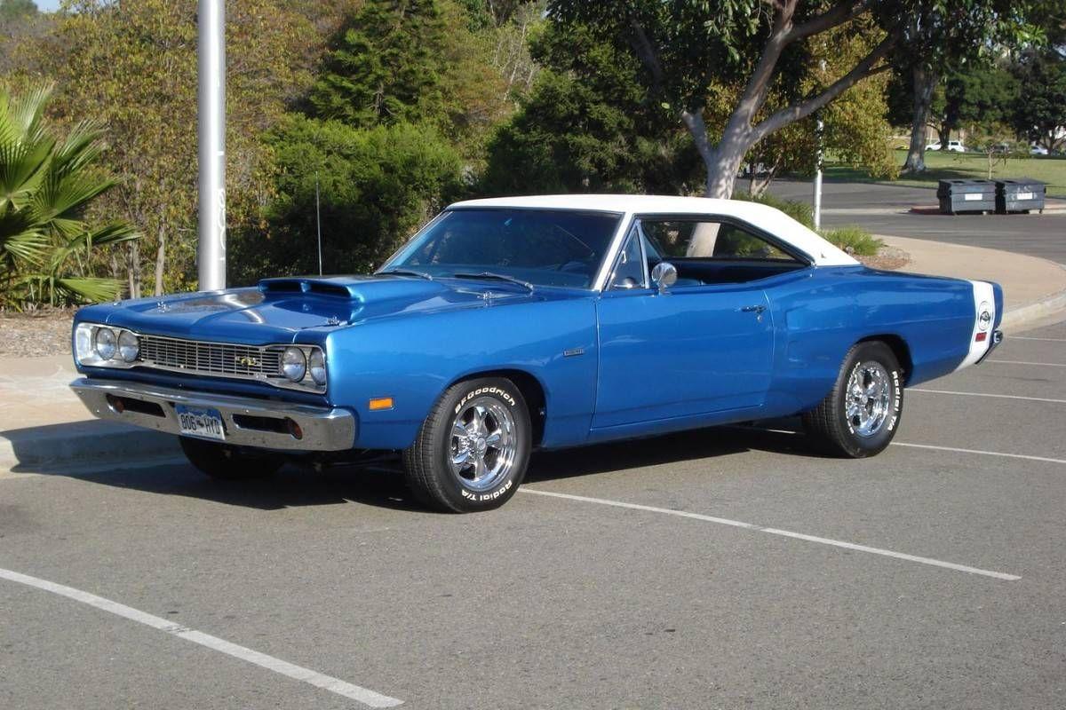 1969 Dodge Super Bee for sale ..restored and modified .. Hemi 426 V8