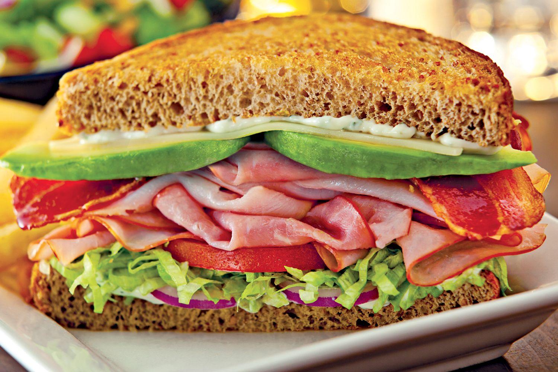 Now That S A Sandwich California Club Toasted Sandwich With Trukey Ham Applewood Smoked Bacon Avocado Swiss Tomat Toast Sandwich Sandwiches Bistro Food