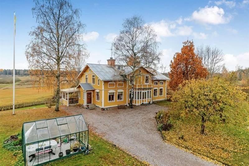 Vrijstaand woonhuis - Möklinta€880000