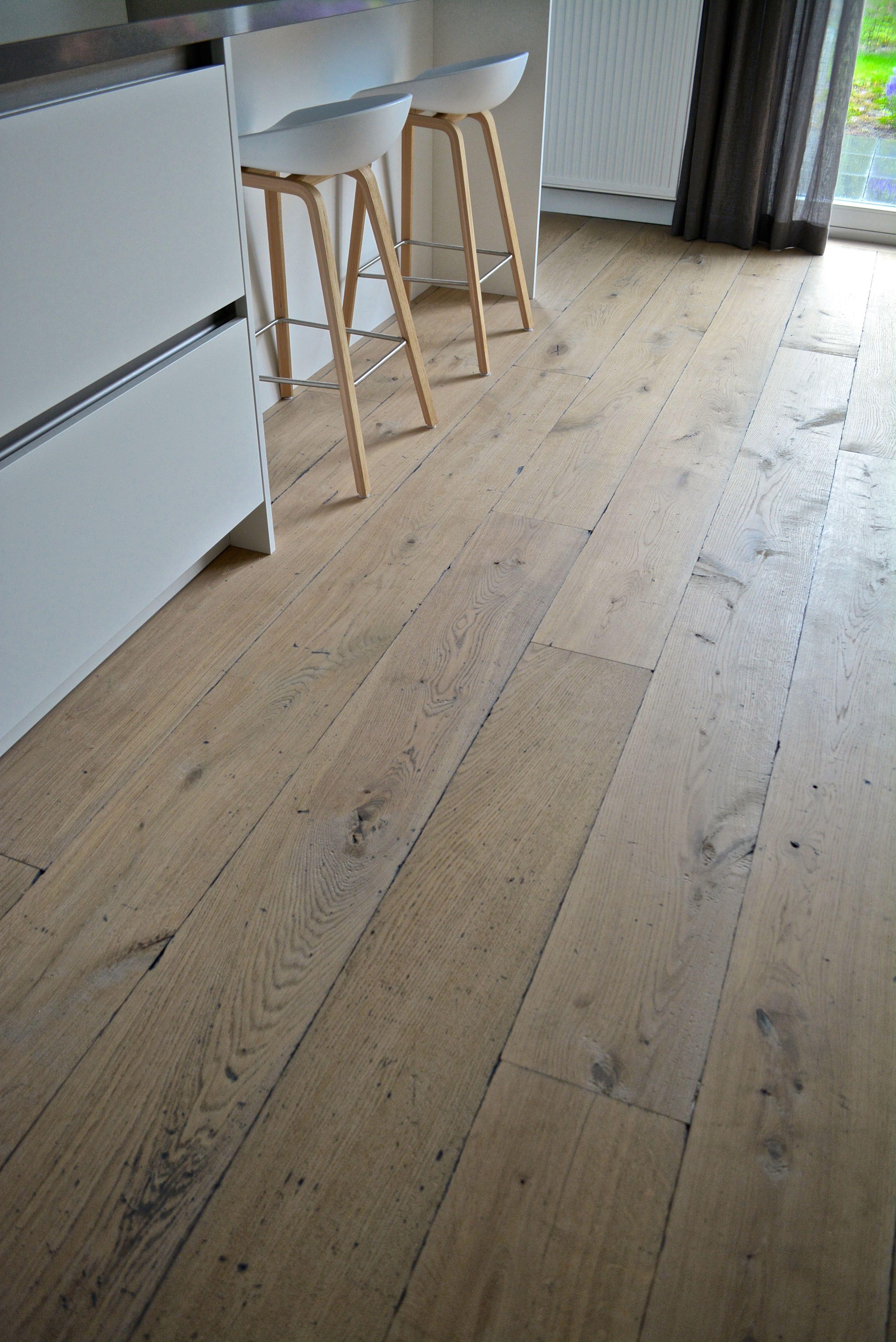 verouderde houten vloer op maat gemaakt door dutzfloors