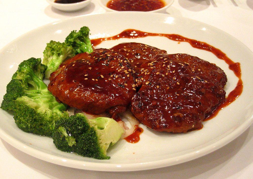 Ψαρονέφρι μαριναρισμένο με γλυκόξινη σάλτσα και μυρωδικά