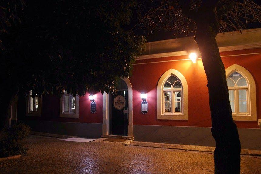 """Mapas e Papas: 19.01.2014 - Um lugar ao """"Pé-do-Rio"""", o novo restaurante em Leiria"""