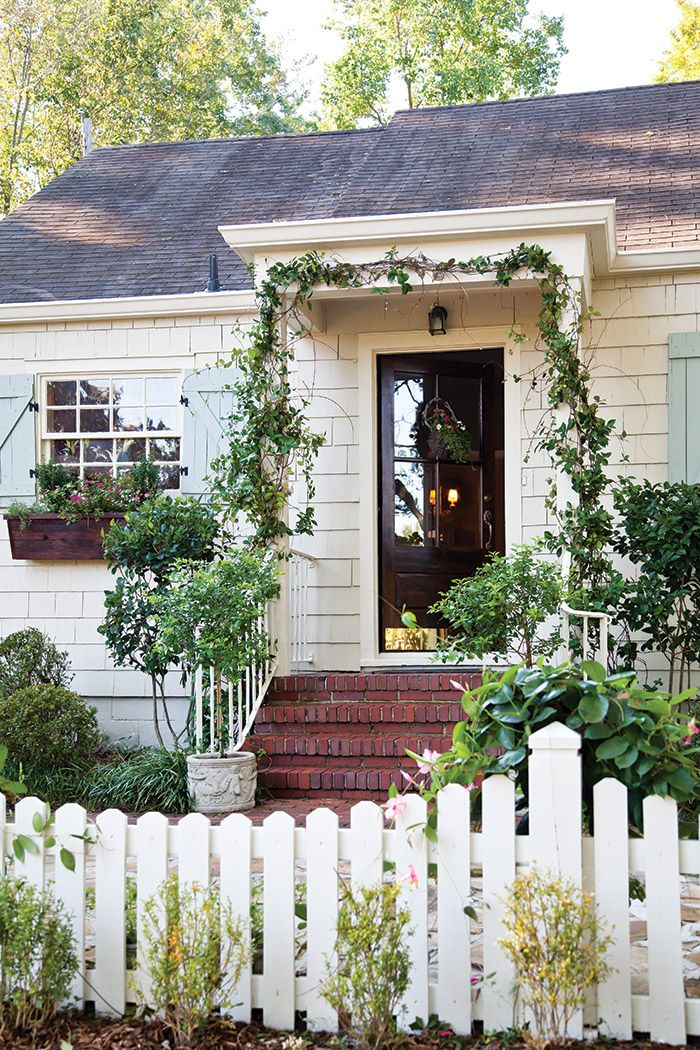 Exterior Paint Colors For House Cottage Curb Appeal