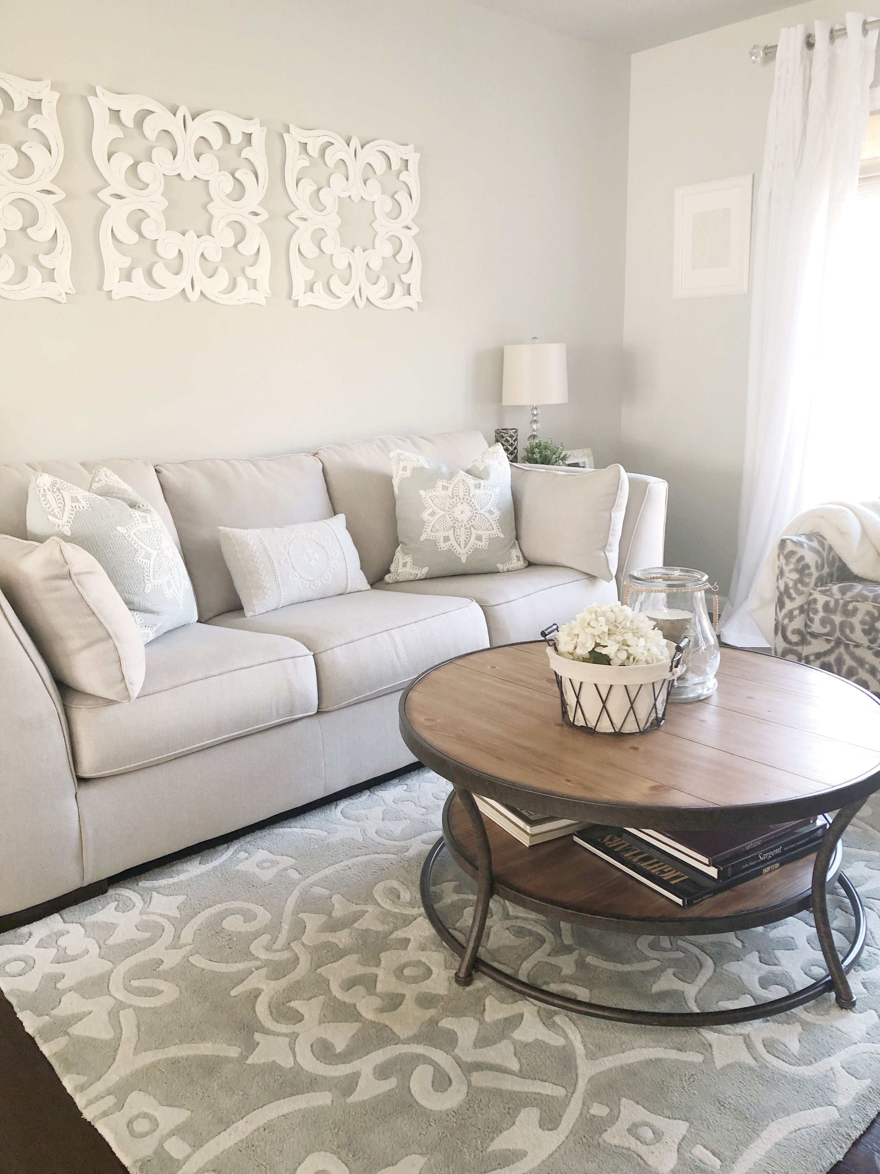 Neutral Transitional Living Room Transitional Living Rooms Living Room Ashley Furniture #neutral #transitional #living #room